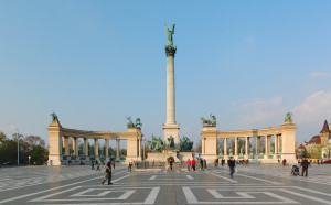 Heroes_Square_Budapest_2010_01